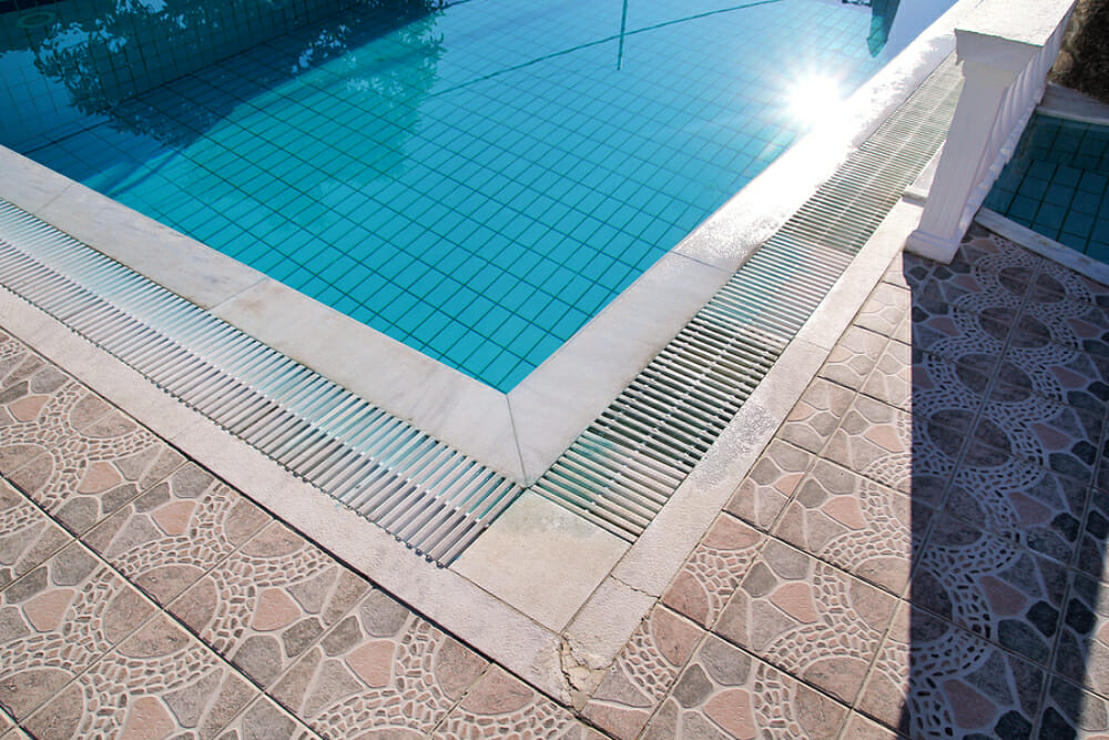 Solar Pool Heaters: How Do They Work?
